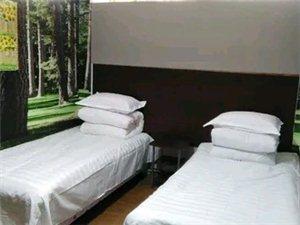 月租房无押金紫竹园高层楼下福瑞宾馆700元/月