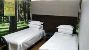 月租房无押紫竹园高层楼下福瑞宾馆700元/月