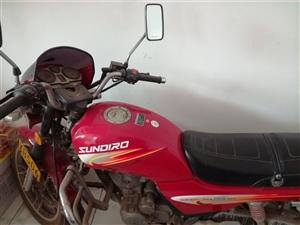 出售新大摩托,9成新,跑了一�f公里,��13273213141