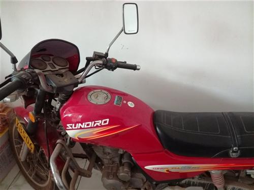 出售新大摩托,9成新,跑了一萬公里,電話13273213141