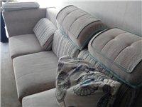 9.9成新。使用一年沙发,电视柜。价格面议。。。。。有车可以给你送到家