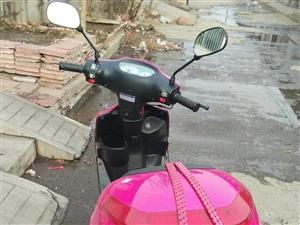 摩托车,八成新,共骑了3000公里,新买车了忍痛出售,可议价。