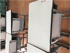 高低床14张每张150,电子屏一个2000.四头高清摄像头一套1000.桌椅组合每套50,酒精炉烟罩...