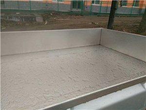 安装白钢箱板