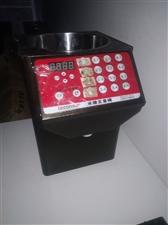 果糖机定量机300,自动开水器200,保温箱100,手抓饼机100,联系电话18798520927