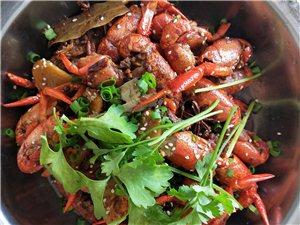 麻城市九洲食樓:九洲三大碗、油燜大蝦、蒜茸蝦