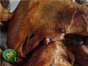 用林下散养柴鸡制成的道口烧鸡,好吃不贵更安全