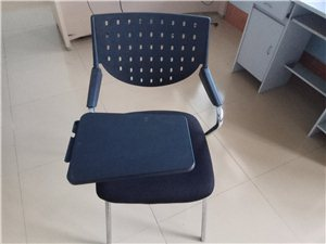 辦公椅子,看好的來哦。很結實,使用的時間不長。一把50,共有4把,