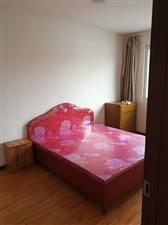 新元小区3室2厅1卫1333元/月