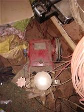 欧森1500型柱塞泵(气压泵)只是灰有点后才用了两个月。太小了用不上。