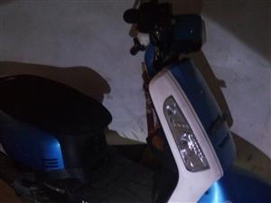 踏板摩托,��r良好!