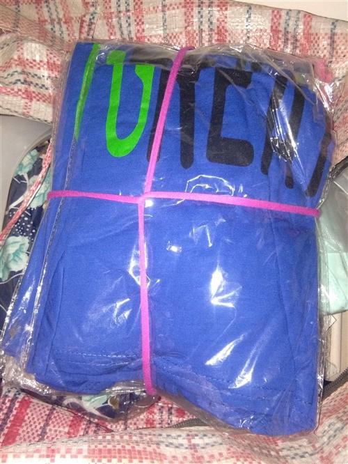 便宜处理一批儿童体恤(4-10岁)和中老年竹节棉上衣,适合摆摊