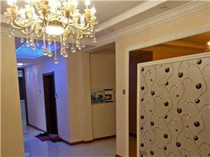 御龙苑3室1厅1卫45万元