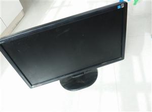转让个人电脑一台 带无线键盘和鼠标 键盘还没用过
