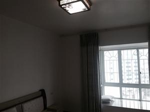时代广场2室2厅2卫2500元/月
