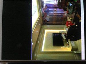 金龙现代广场 高层精装修3室2厅2卫3000元/月