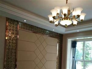 巴黎春天3室2厅2卫精装56.8万元