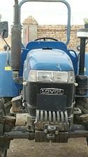 雷沃欧豹404拖拉机,带犁铧,�A盘耙,刮板,加梗器,工作1300小时,现出售。