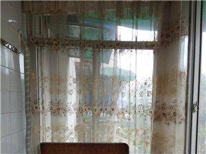 广油苑2室2厅1卫700元/月
