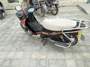 买摩托车隆鑫110