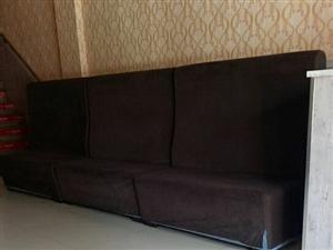 出售饭店沙发,1.5米长,单面四个,双面三个,全套出售1000元,电话13512611155