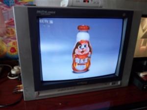 二手旧电视十几台低价处理,给钱就卖。