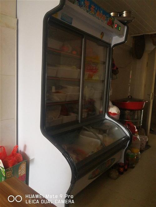 出售二手展示柜冰箱9.5成新,价格实在