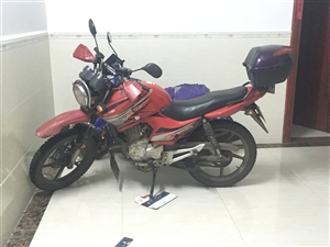出售摩托车宗申机头双杠。发票什么的都还在。需要请联系我15120655634