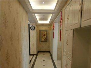 金域蓝湾3室2厅2卫145万元