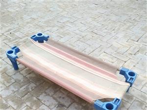 出售幼儿园滑梯,转椅,小床,椅子,有意者请联系:18031714092