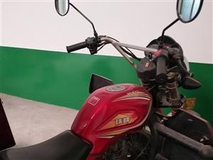 珠峰三轮摩托车
