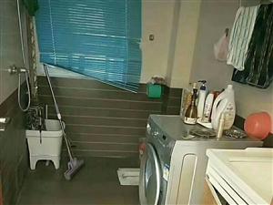 龙凤夏威夷5室2厅2卫68.8万元