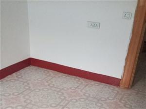 省化生活区2室1厅1卫600元/月