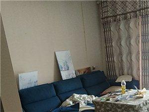 长阳津洋口皇家一号3室2厅1卫45万元