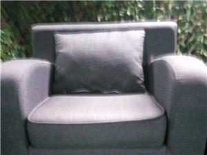 沙发  九成新,质量好,耐脏