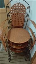 扶手椅,便宜卖。