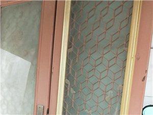 浚县福祥门     高2.7米    宽2.46米   小门1.46     需要的可以给我联系
