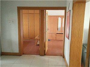 铁路小区3室1厅1卫20万元,价格面议