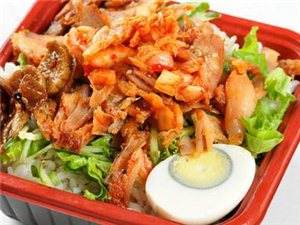 学做小吃:烤肉拌饭、滋饭团、章鱼小丸子、冷饮奶茶!