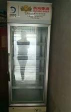 二手冰柜,主要是夏季卖水,用了一年半,六成新,300元