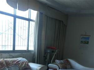 会东县直属小学旁边4室2厅1卫1000元/月