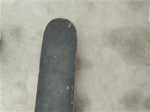 闲置物品处理,滑板联系电话:15963061065