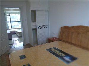 海悦东方3室2厅2卫4800元/月