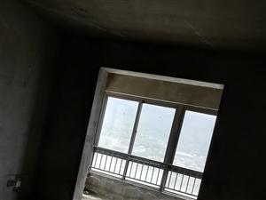 澜泊湾小区4室2厅3卫87万元