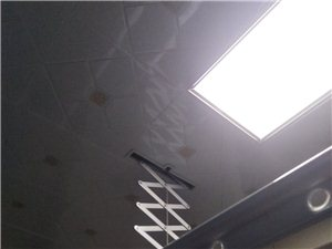 家庭装修,专业集成吊顶,凉衣架,浴霸灯具安装维修