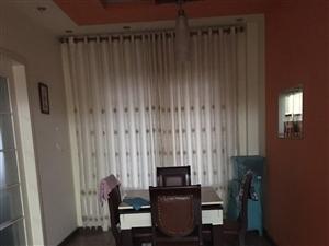 泸州龙马潭区帝都花园3室2厅2卫74.8万元