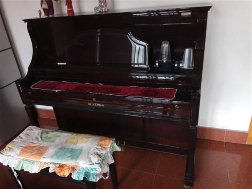 海茲曼鋼琴   7~8成新。價格面議