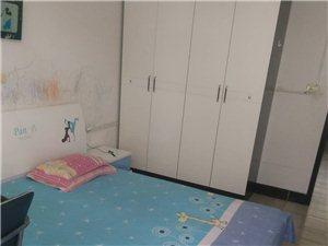 2小附近单元2室2厅1卫600元/月