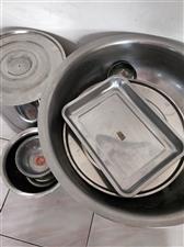 九成新的锅灶,有意私聊。