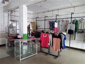 低价处理服装展示架,双边超市货架,衣架,可以送货上门。联系电话15907269980